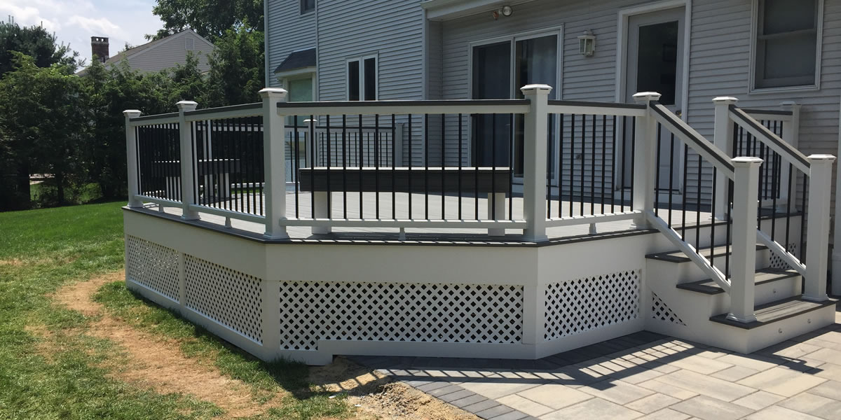 photo of completed trex deck