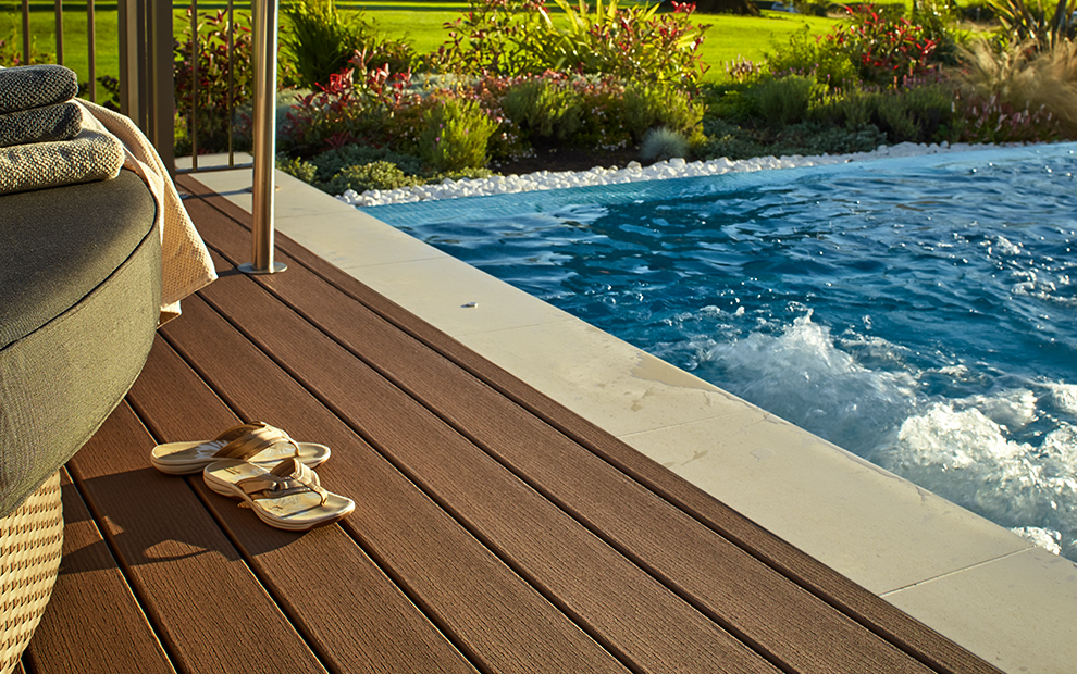 picture of pool deck with trex composite decking